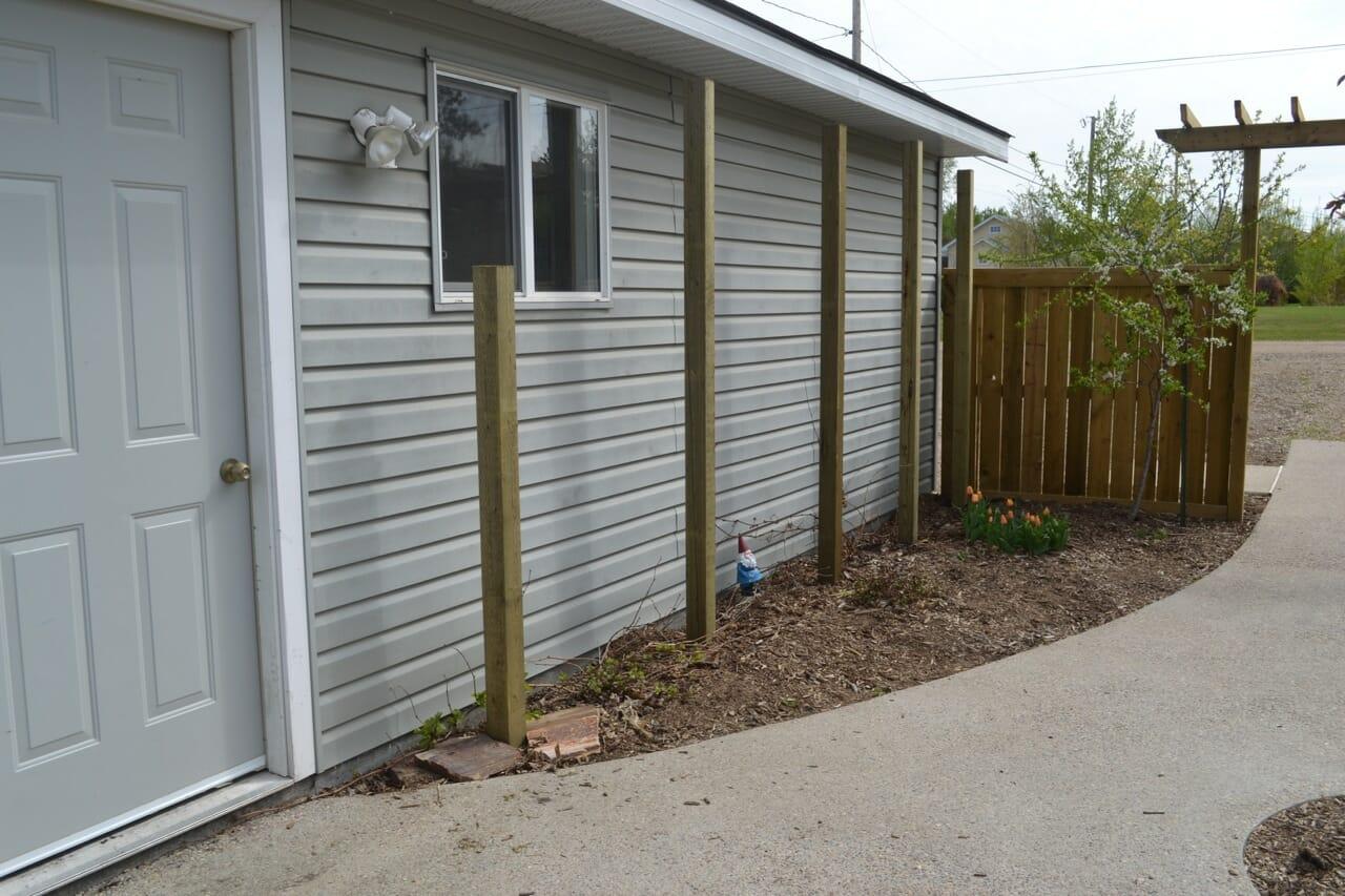Garden Trellis Posts